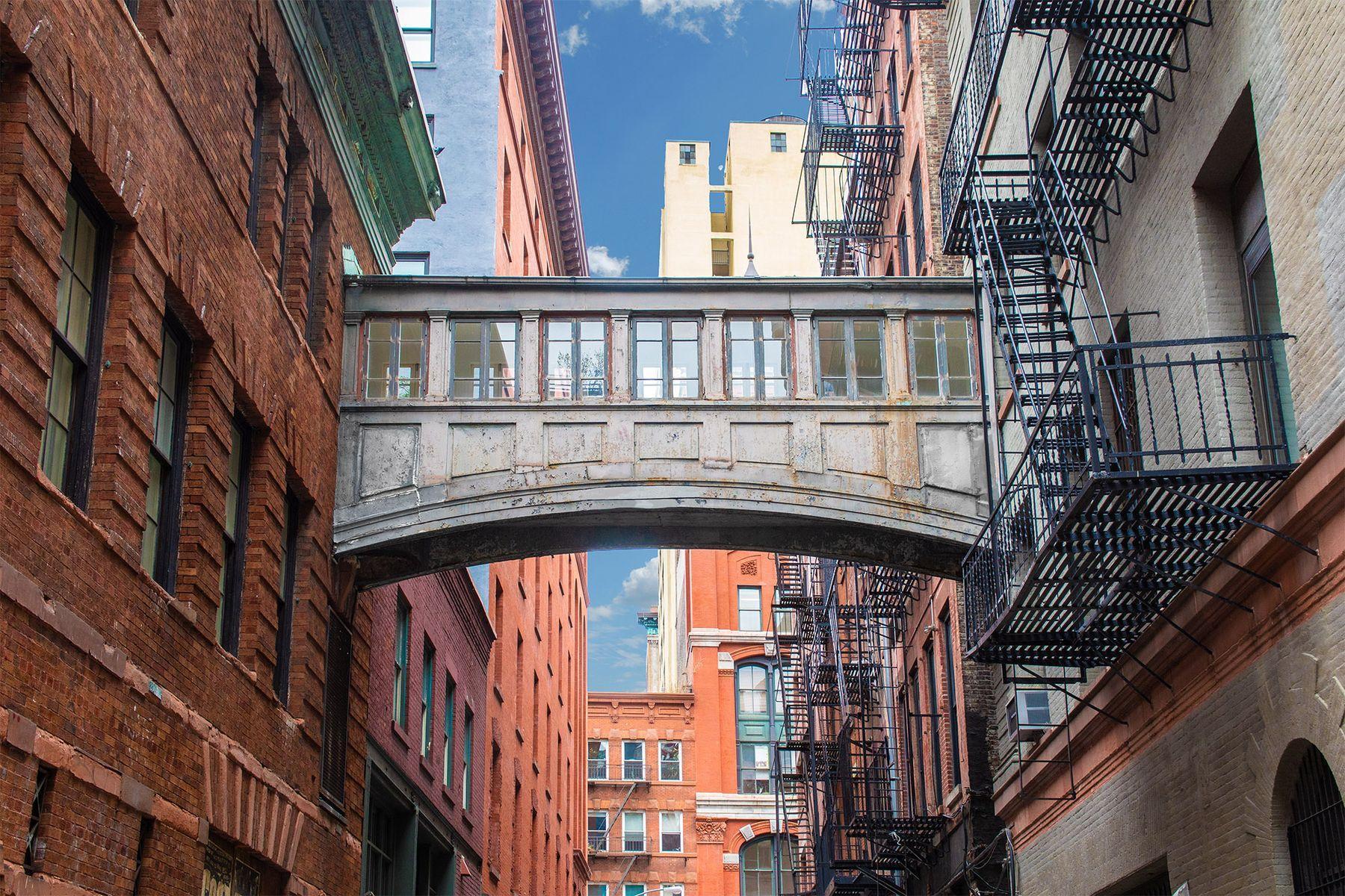 tribecca loft footbridge