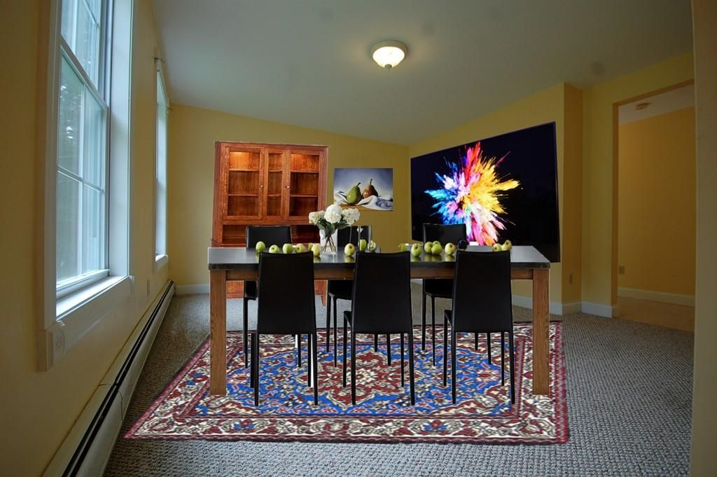 bad real estate photos:Dining area virtual staging