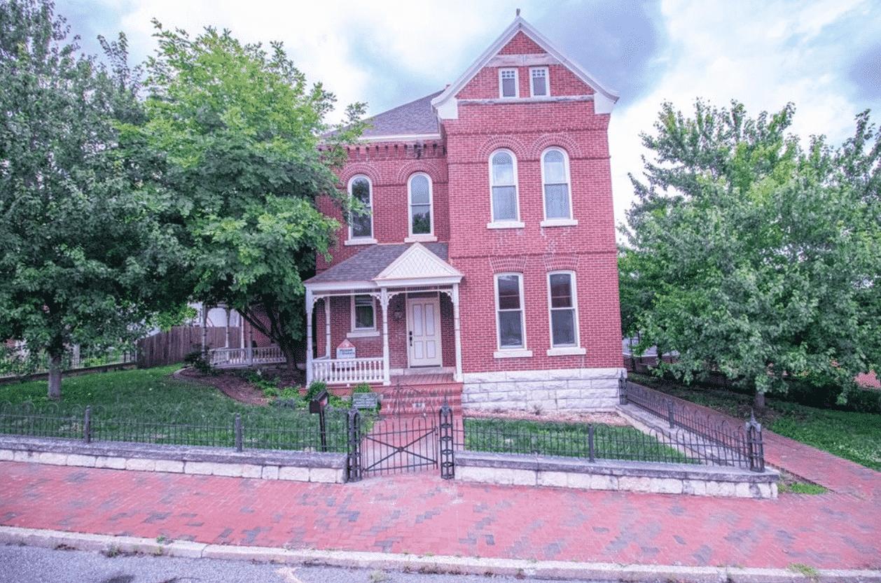 stately brick home in Fayette Missouri