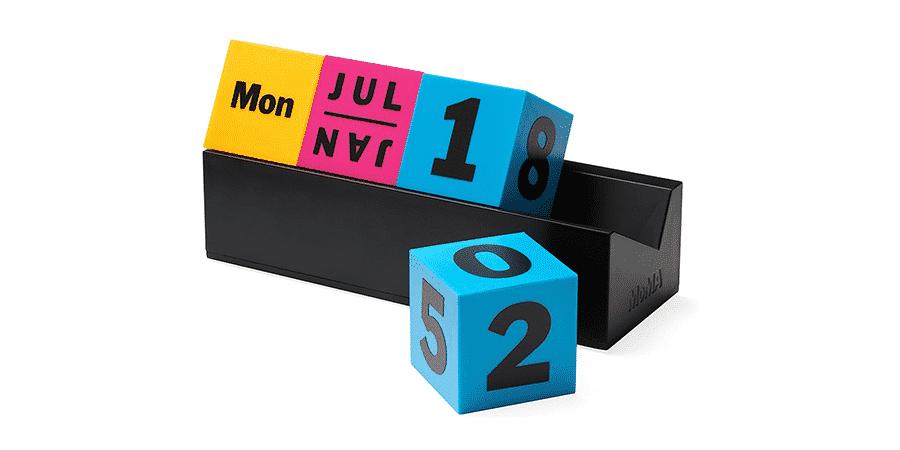 Arteum Perpetual Desk Calendar Cubes