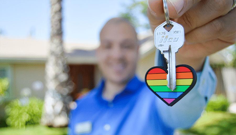 house key with heart keychain